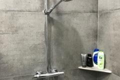 ABLAGO-Design-Csempézett-Zuhanyzó-polcok-Zuhanyzó-polc-horoggal027